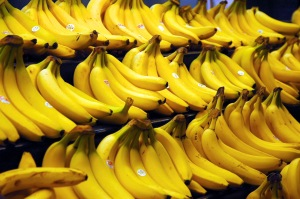 Bananas A great snack for single Moms in a hurry